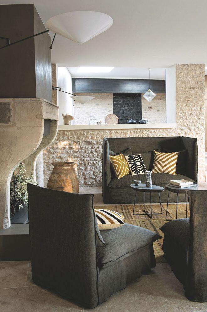"""Une maison en pierre """"so provençale"""" au coeur des Alpilles"""