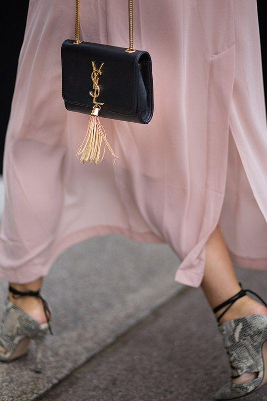 SS16 streetstyle details long light pink skirt  transparent  snakeskin high-heels