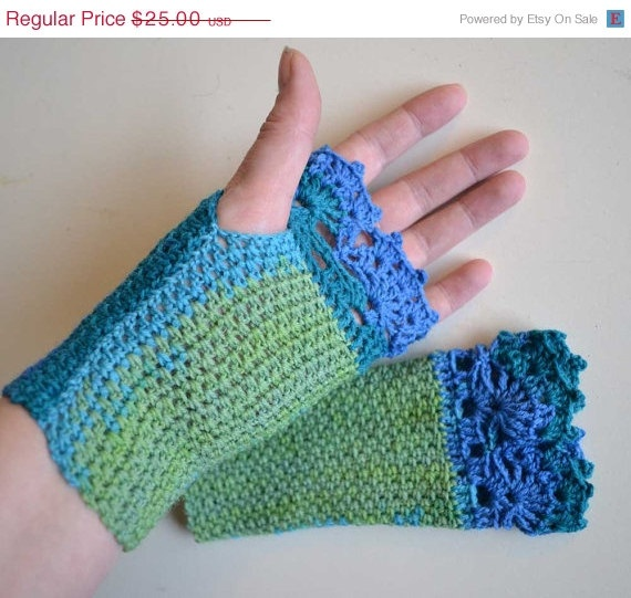 ON SALE Green blue crochet gloves with lace trim F621. $18.75, via Etsy.