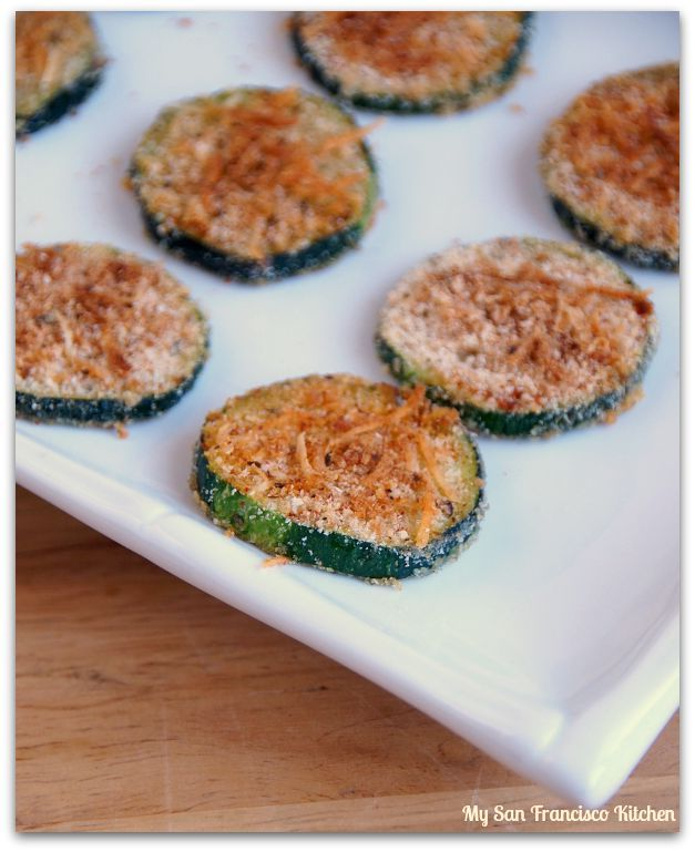 These baked organic Parmesan zucchini crisps are crispy on the outside, and soft on the inside. I was browsing the Food Network website after I got home from work tonight and saw this baked zucchini crisp recipe from Ellie Krieger....