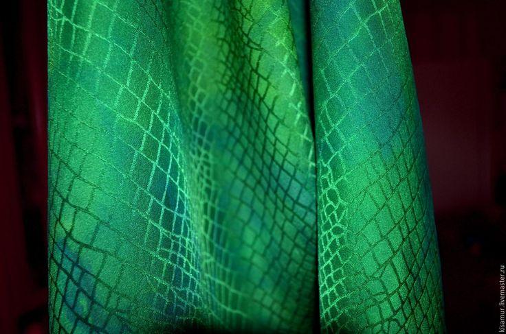 Buy hand painted scarf green crocodile wrap shawl green natural silk Size