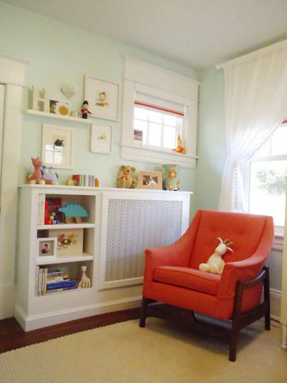 cute kid's room. (no kids for me yet but i love the colors together)