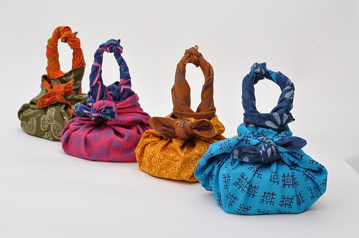 Furoshiki - easiest and most stylin' way for kids to tote their bentos!