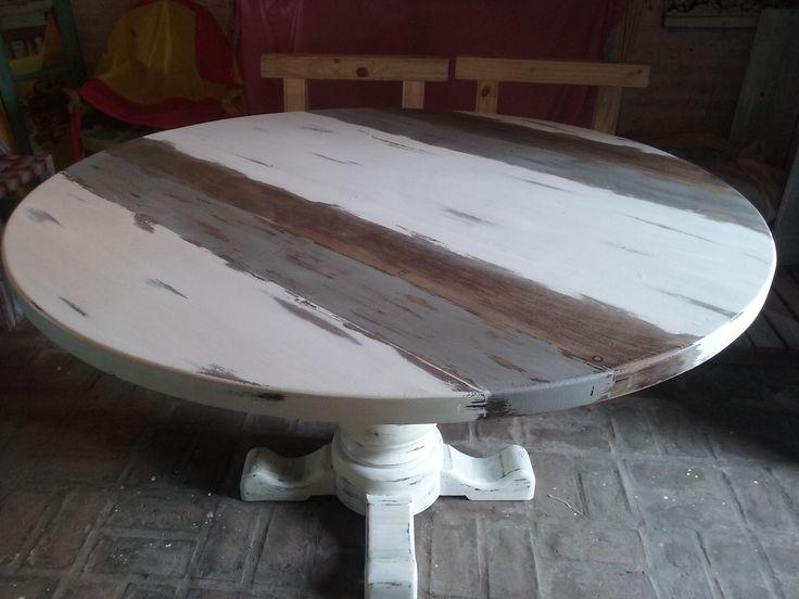 Mesa redonda decapada en gris madera y blanco Decoracion
