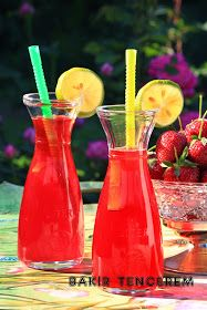 limon aromalı çilek suyu