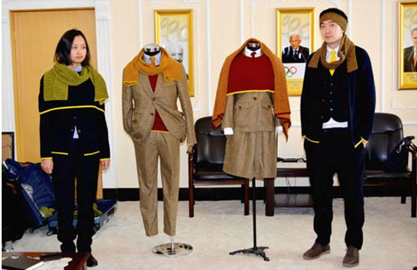 (Photo:InfoMongolia) Mongolia's Winter Olympic team outfitted by Goyo #sochi2014.