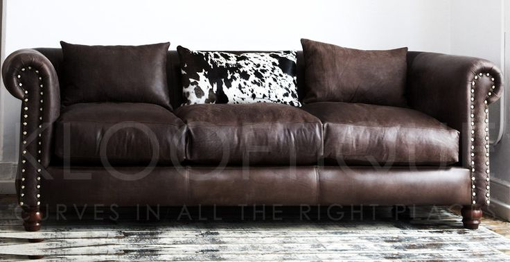 Churchil Sofa