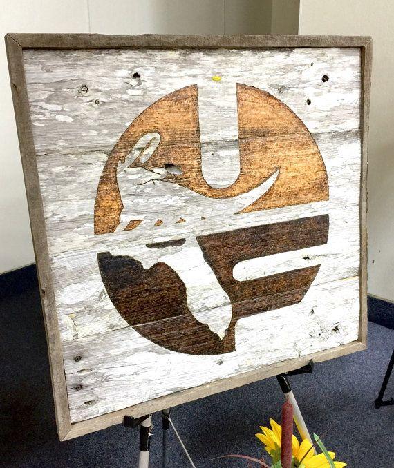 University of Florida Barn Wood Sign. Wood burned Old UF Logo on 2'x2' ranch wood with reclaimed pallet wood frame. Florida gators sign.