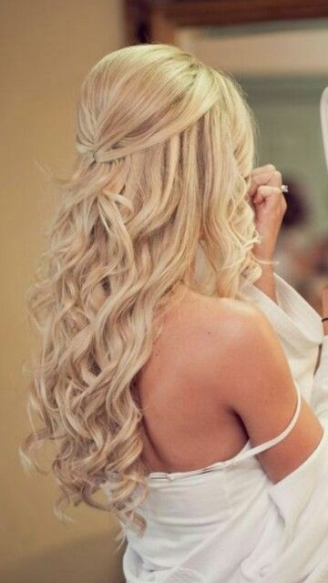 I love the loose and tight curls together!