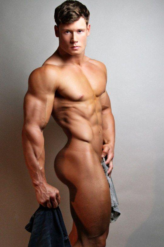 Шикарные голые парни, видео порно переодевание
