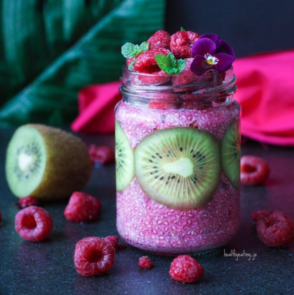 Raspberry Kiwi Chia Pudding by by @healthyeating_jo - Sweeter Life Club
