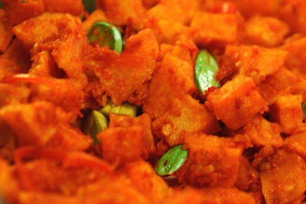 Resep lengkap cara membuat sambal goreng kentang dilengkapi dengan irisan petai, dibahas secara lengkap di resep masakan indonesia - Resep Masakan Indonesia - Indonesian Food Recipes - Indonesian cuisine