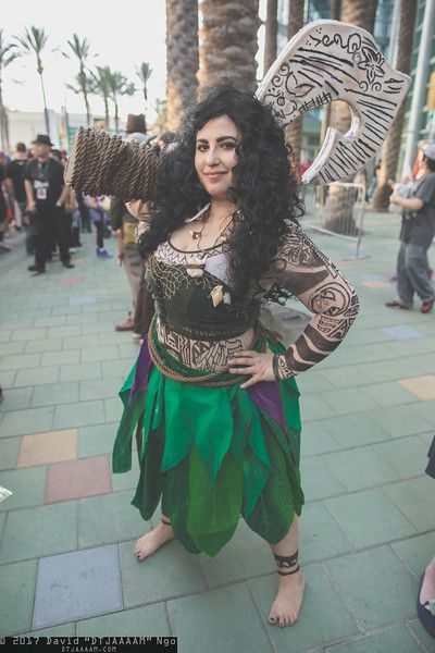 Character: Maui / Film: Disney's Moana / Location: WonderCon 2017 / Photographer: DTJAAAAM