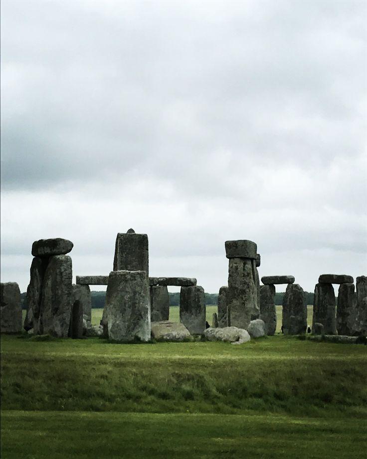 Stonehenge trip from London, England https://www.allyblog.com/home/stonehenge-england