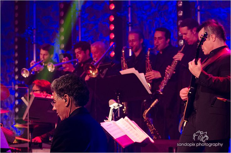 For any occasion 100% Live Band The Showmen Orchestra 1.450.667.0631 Www.theshowmen.com Info@theshowmen.com