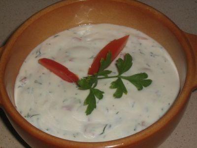 Йогуртовый соус с укропом и лимоном