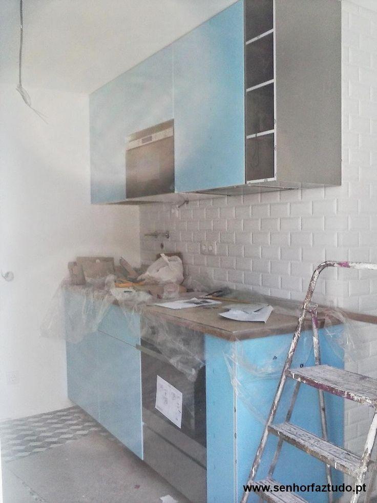 SENHOR FAZ TUDO - Faz tudo pelo seu lar !®: Montagem de uma cozinha Ikea em Benfica