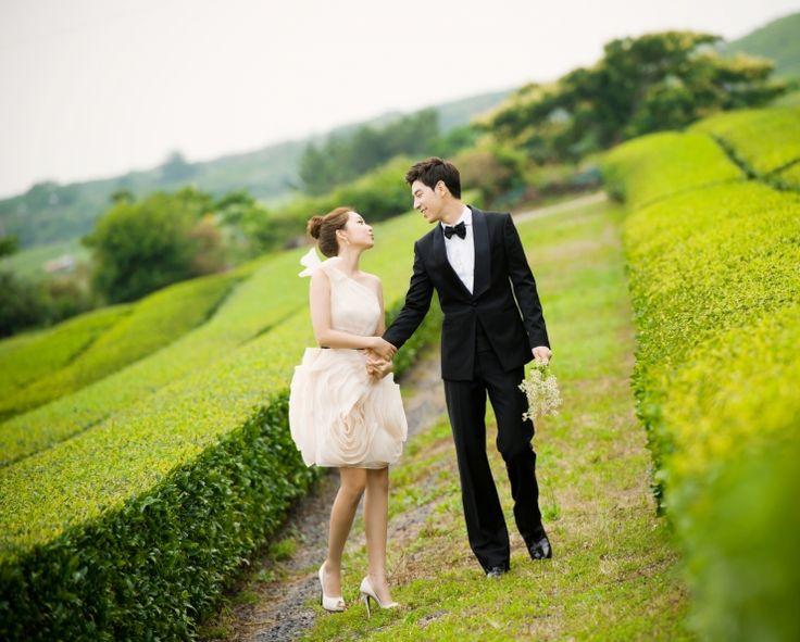 Trendy Korean Pre Wedding Photoshoot Cute Dress