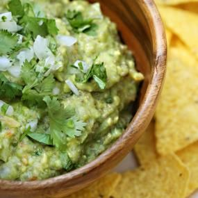 Light Guacamole - HEALING FOODS | THE LOW HISTAMINE CHEF
