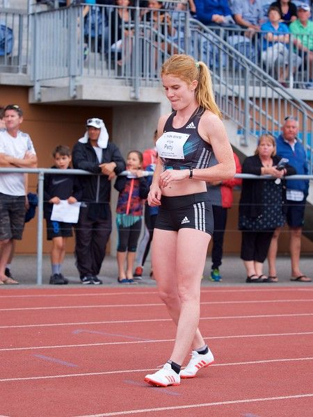 Angela Petty on the start line for the Women's 800 Metre at the 2017 Potts Classic at Hastings, New Zealand.