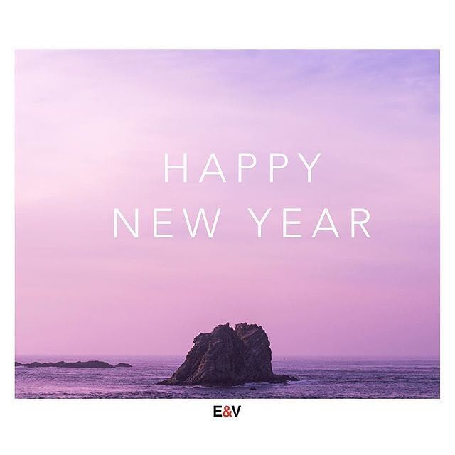 Wishing all a Happy Healthy and Peaceful New Year! . . HAPPY 2018! . . . #vancityhype #getoutside #discoverglobe #beautifuldestinations #socialrealtor #socialmedia #yvrre #realtor in #yaletown #vancity #vancouverrealestate #theevlist #wp #linkedin #instahub #instagood #happy #newyear #2018 #ny2018 #engelvolkers #engelvoelkers #evvancouver #joy #happiness #family #friends : @evvancouver