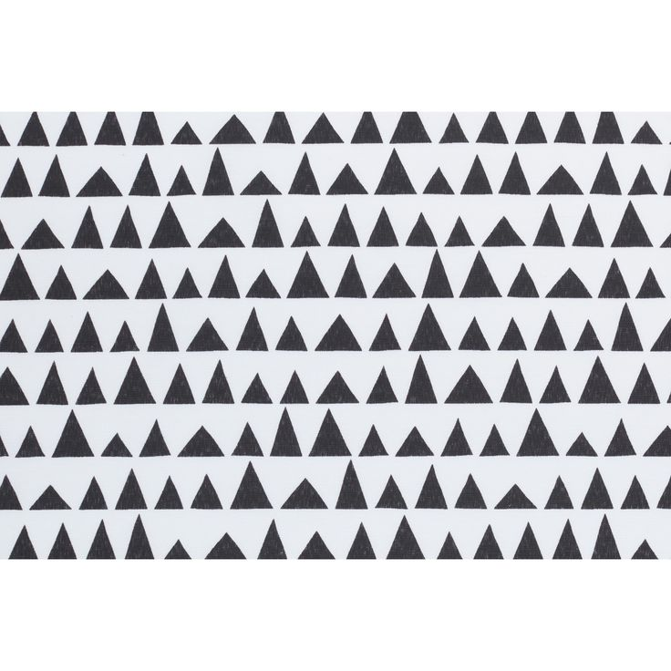 Moderne stof met driehoekpatroon. 140 cm breed. Deze stof is verkrijgbaar per meter en geschikt voor het maken van gordijnen, tassen, kleding, kussens, dekbedovertrekken en nog veel meer. #stof #diy #zelfmaken #driehoekjes #creatief #creatiefmetstof #kwantum