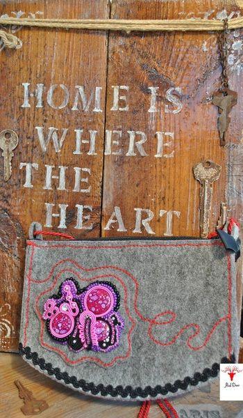 torebka listonoszka z haftem sutasz, etniczna w Luszka de ThornArt na DaWanda.com