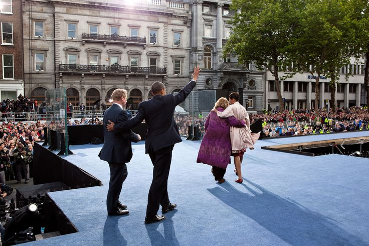 President Barack Obama and First Lady Michelle Obama leave the stage with Taoiseach Enda…
