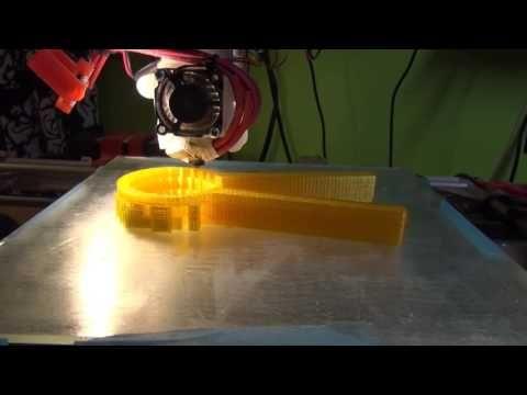 3D Printing (testing PETG) - YouTube