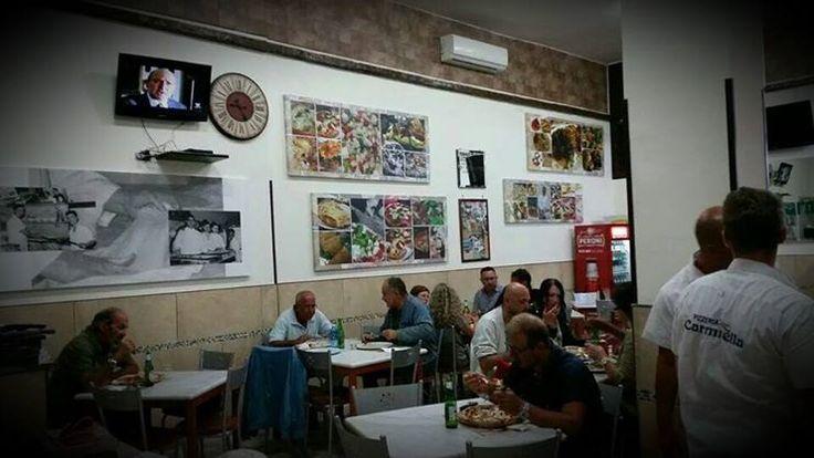 Grande Consegna dal nostro amico Vincenzo Esposito presso la sua #PizzeriaCarmnella di #Napoli. #Stampe su #Tela #Personalizzate con #Telai rinforzati #dmprint #carmnella #consegna #news