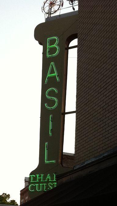 Charleston, SC: Photos, Basil Restaurant, Basil Charleston Sc, Basil Only, Basil Thai Cuisine, Basil Whlile, Sc Restaurant