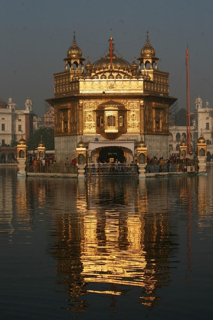 best ideas about harmandir sahib golden temple the harmandir sahib golden temple in the city of amritsar punjab