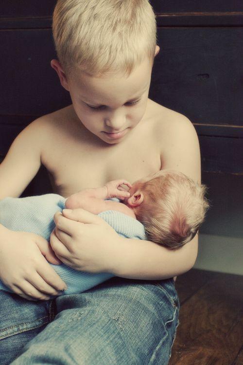 Newborn photography, Jamie V Photography, brothersBig Brother