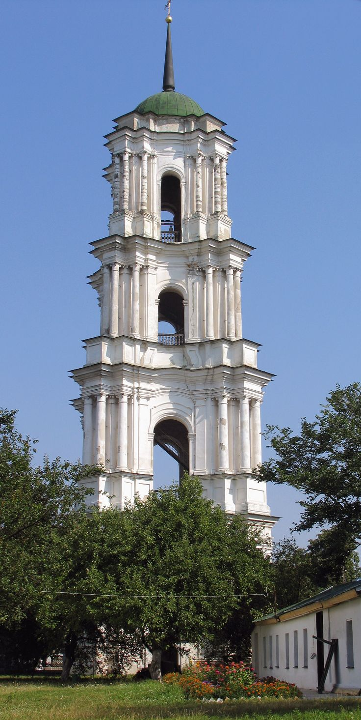 Дзвіниця собору Різдва Богородиці в Козельці
