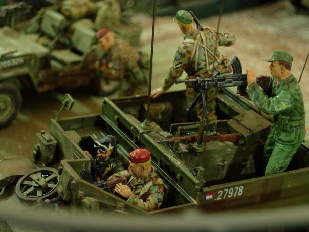 Ducth KNIL in action, 1/35 scale by ademodelart