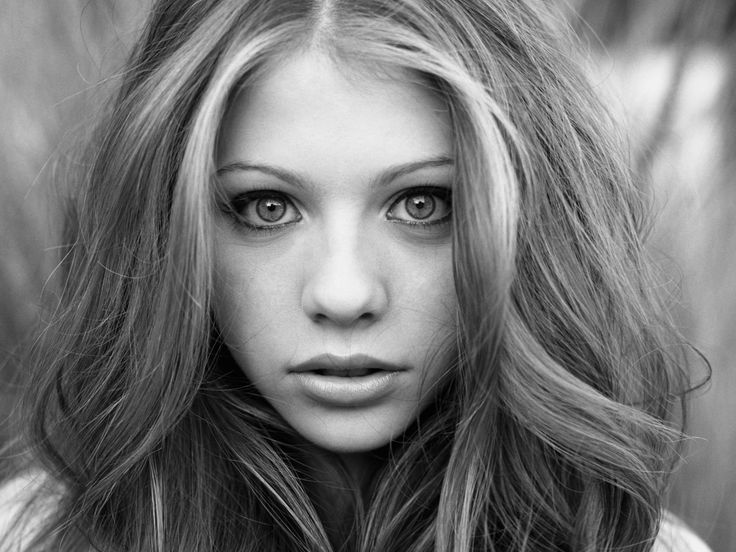 hair framing face