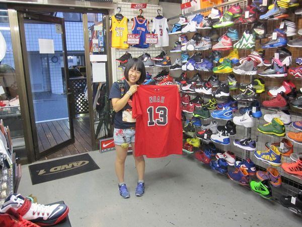 【新宿2号店】2014.09.16 ポール・ジョージファンのご友人へのプレゼントでご購入頂きました。喜んで頂けるとイイですね!また、遊びに来てくださいね!