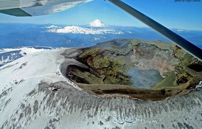 Private Tour Ascent of the Villarrica volcano, Pucón #Chile - LocalGuiding.com