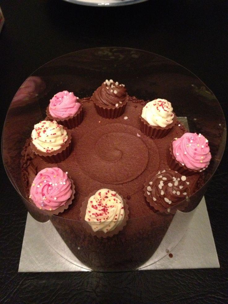 Asda Christmas Cake Decoration Ideas : 25+ best ideas about Asda birthday cakes on Pinterest ...