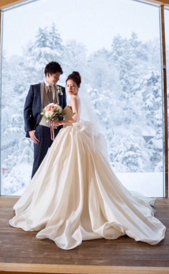 とびきりのウェディングドレス で見つけた 今花嫁さんに人気のドレスとは みんなのウェディングニュース ウェディングドレス ウェディングドレス アントニオリーヴァ 花嫁