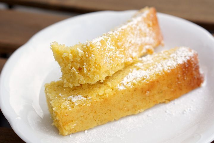 Looking for a delicious olive oil cake recipe? Try my moist and zesty Spanish olive oil cake with lemon and ground almonds. It's the perfect snack!