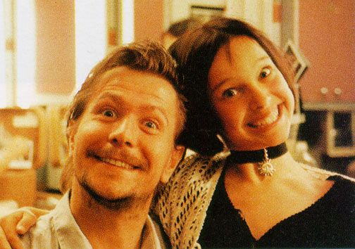 "Gary Oldman and a 12-year old Natalie Portman on the set of ""Léon"""