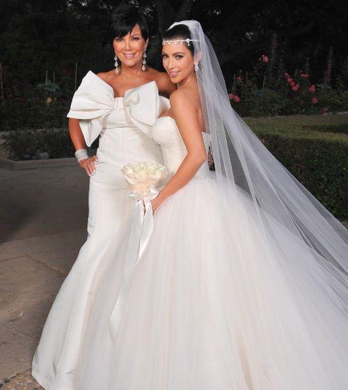 Lovely Best Kim kardashian wedding dress ideas on Pinterest Kardashian wedding Kim kardashian wedding and Anne hathaway wedding