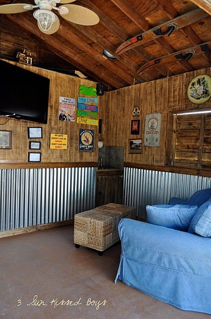 Man Cave Shed Loft : Love the walls for a bar and also i skis on