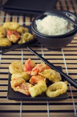 Japon Mutfağı  Tempuratempura hamuruna batırılmış bol yağda kızartılmış sebze ve deniz ürünü.