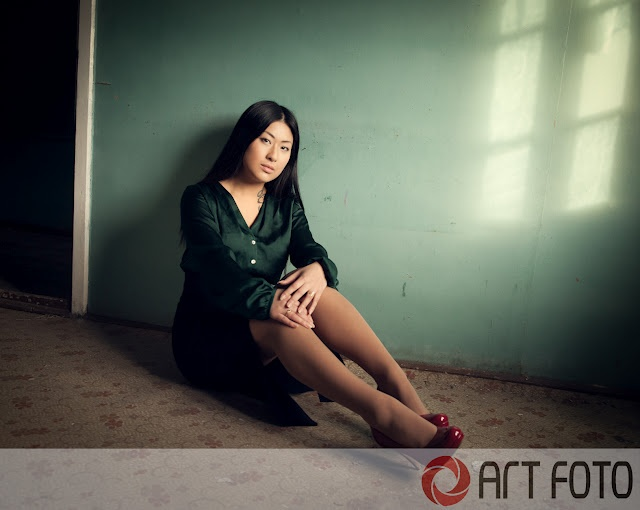 photoshoot in a old house with my collega Nina Pedersen
