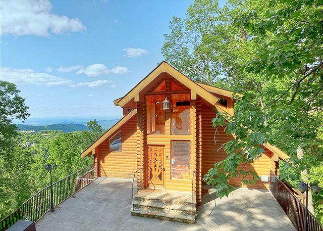 Merveilleux 2 Bedroom Luxury Ski Mountain Gatlinburg TN Cabin 1 Mile From Ober Ski  Resort