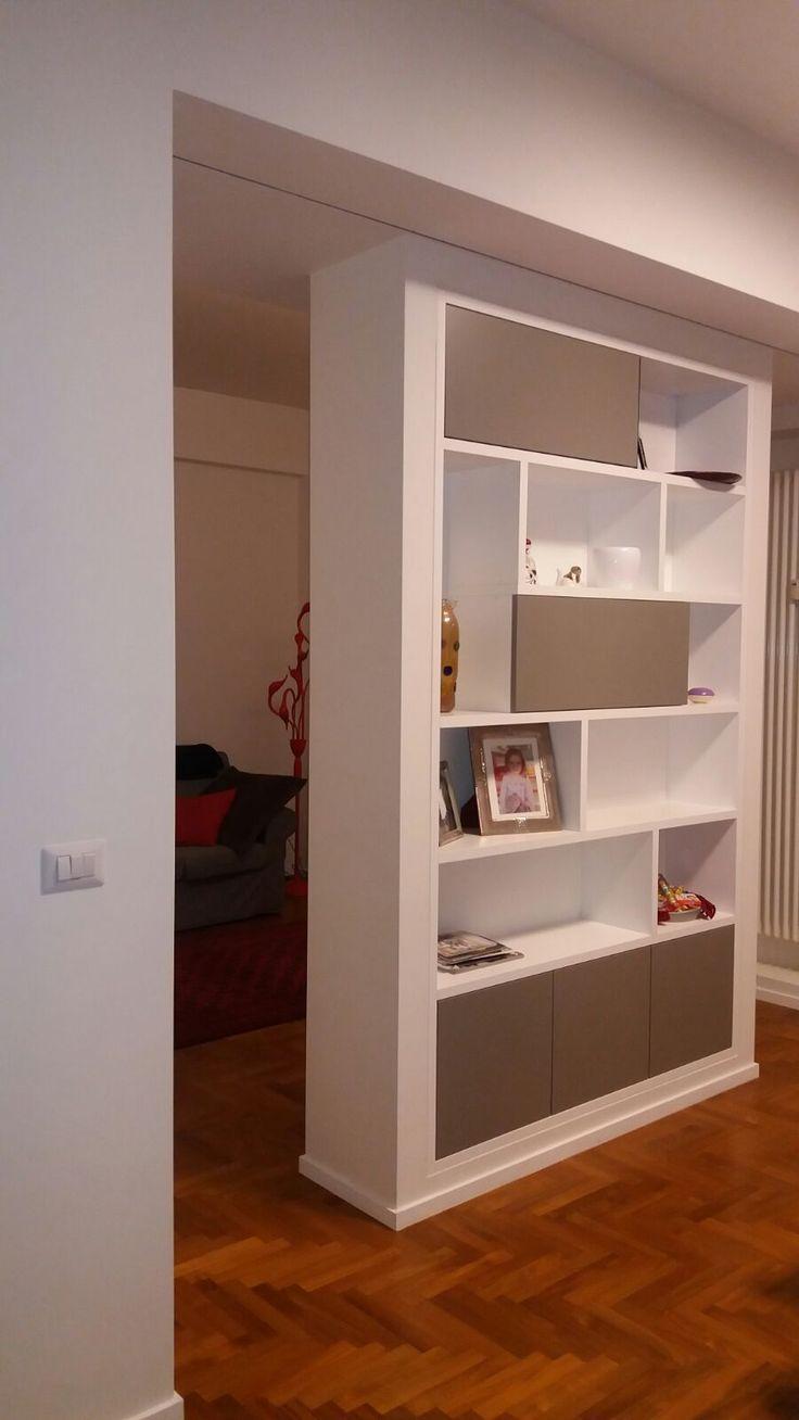Oltre 25 fantastiche idee su librerie su pinterest scaffali scaffali a scatola e librerie a - Parete divisoria cartongesso ...