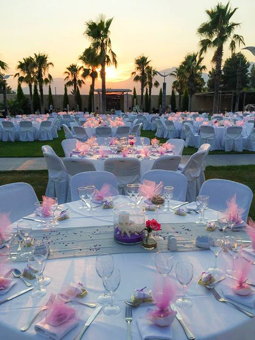 Summer wedding in lilac mint and sand