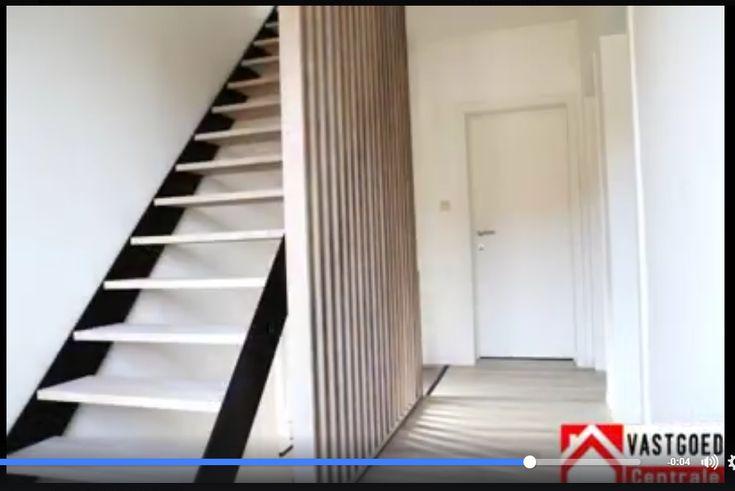 Meer dan 1000 idee n over zwarte trap op pinterest zwarte leuning tin benjamin moore en trappen - Railing trap ontwerp ...